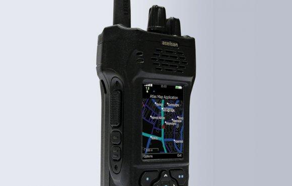 4915 UHF APCO25 GPS'li El Telsizi